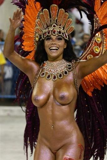 Фото голых девушек на карнавалах фото 713-397